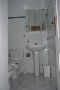 11 badkamer boven (3)