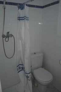 13 badkamer beneden (4)