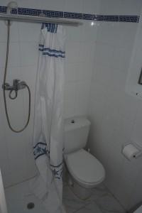 13 badkamer beneden (5)